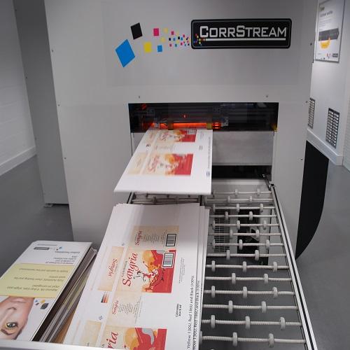 انتخاب رنگ مناسب جهت چاپ بر روی بسته بندی های راه راه